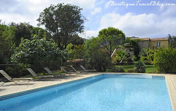 A Merula swimming pool