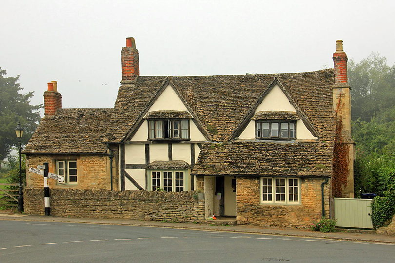 Lacock village, things to do in Wiltshire in Winter