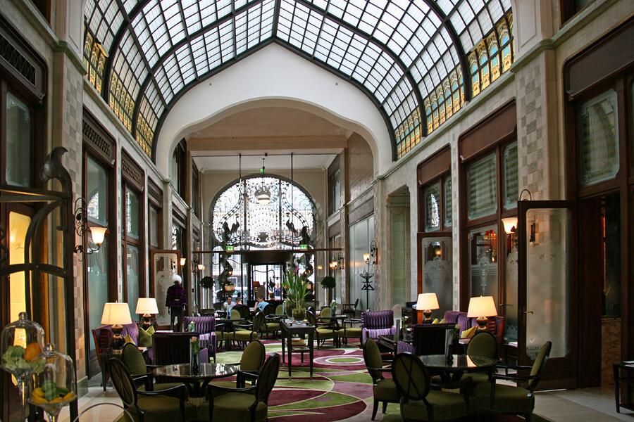 Four Seasons Hotel Gresham Palace | The best hotel in Budapest