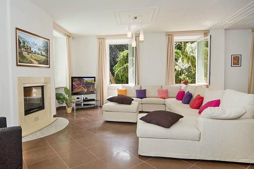 Holiday villa on the shores of Lake Como