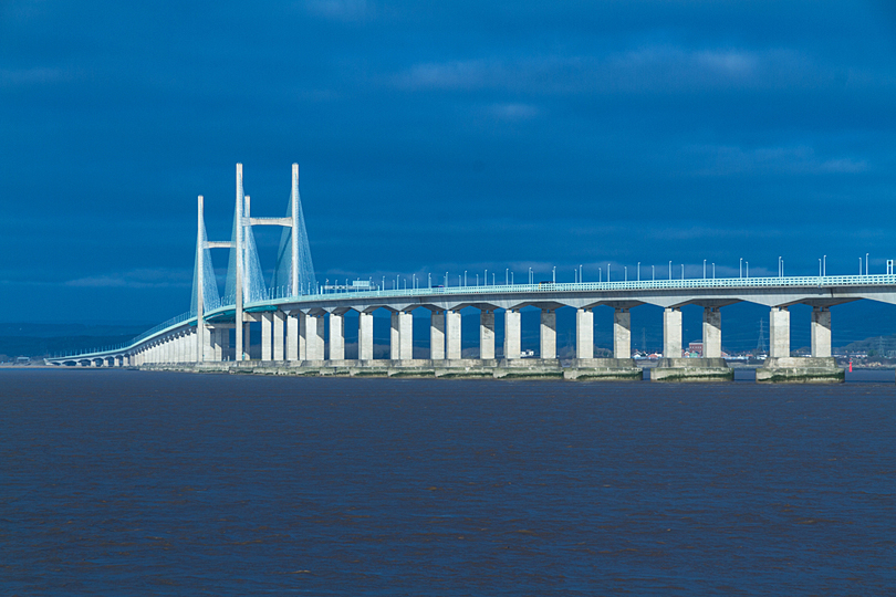 M4 bridge - driving experiences UK
