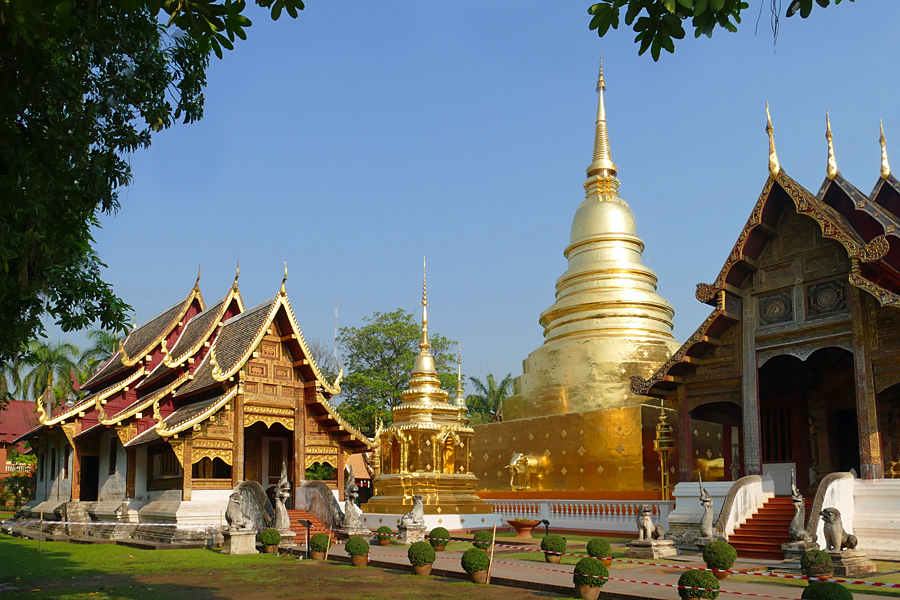 Visit Thailand to see the beautiful temples such as Wat Phra Singh in Chiang Mai