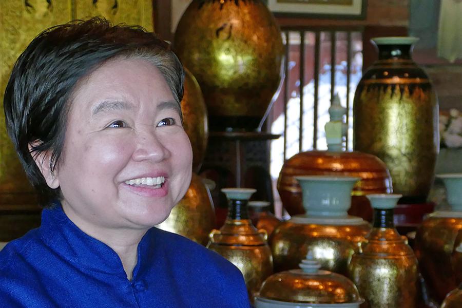 Smiles at Chiang Mai Celadon, Thailand