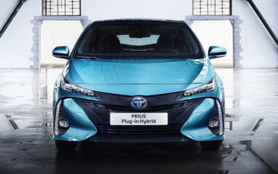Sustainable driving with Toyota, Prius Plug-in Hybrid Review