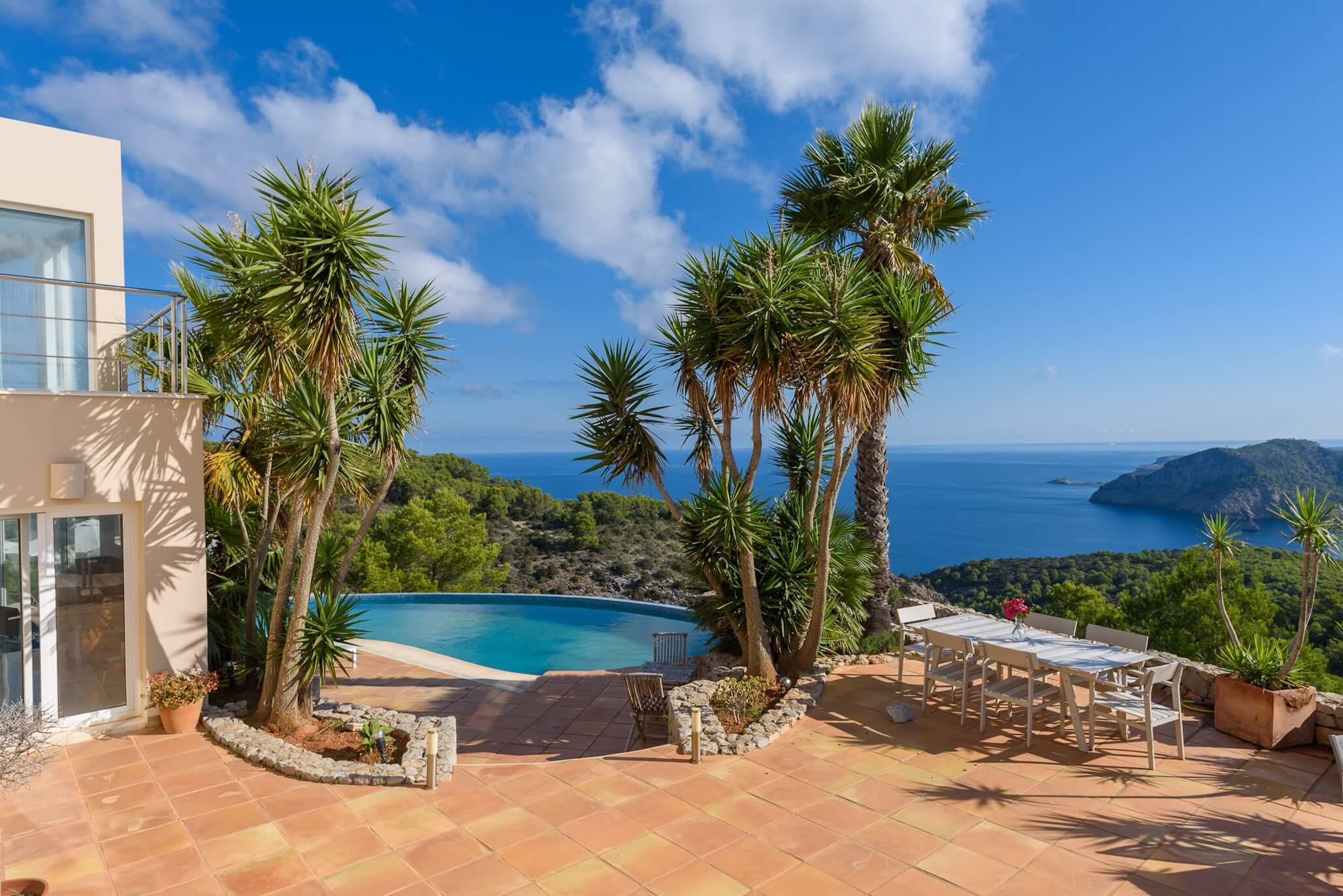 Luxury villas in Ibiza: Villa Prime, a stunning holiday villa to rent in Ibiza