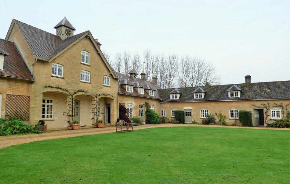 Bruern Cottages | Cottage Breaks UK
