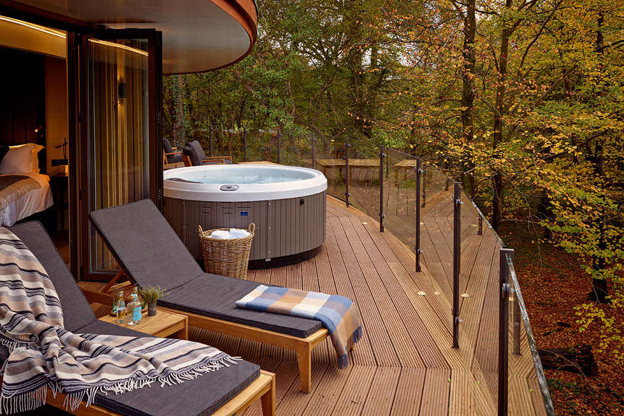 Chewton Glen in The New Forest, EngLand   One of the most luxurious treehouse holidays in the world