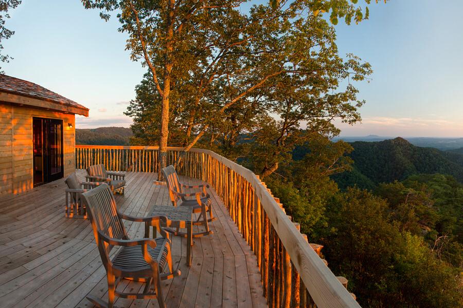 Primland treehouse, Blue Ridge Mountains, Virginia, USA